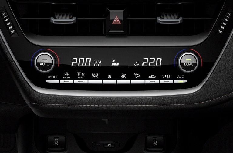 Klimaanlage mit Pollenfilter im Suzuki Swace Hybrid.