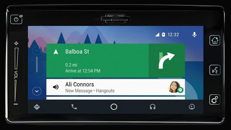 Android Auto im Suzuki Swift Sport Hybrid.